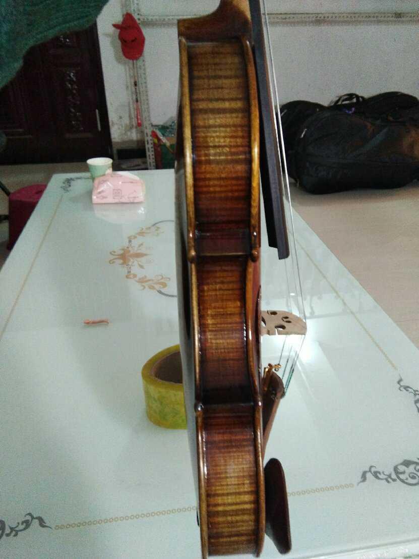 复古风格欧料独板琴