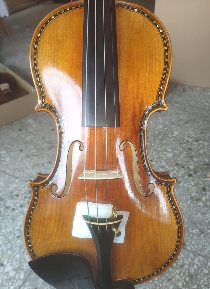 精美雀眼枫欧料小提琴zy-04