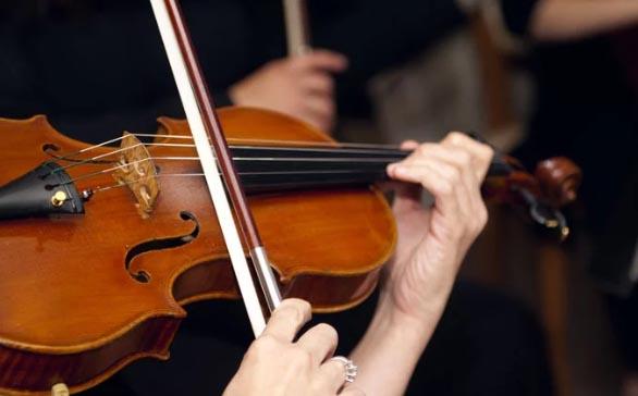你觉得用小提琴演奏的曲子哪首最经典?