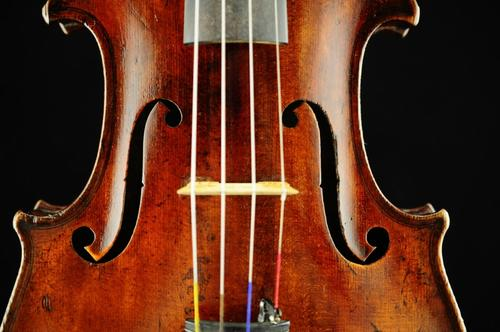 小提琴弦松脱