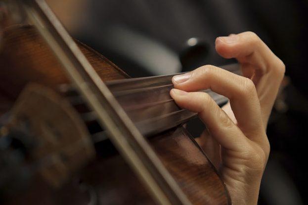 小提琴调音