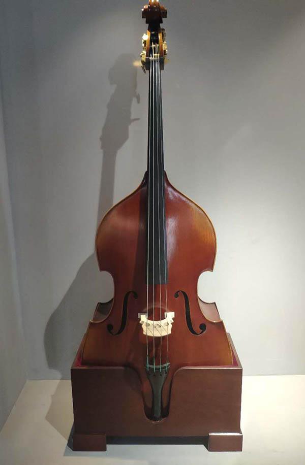 傅永和低音提琴演奏巴赫经典作品