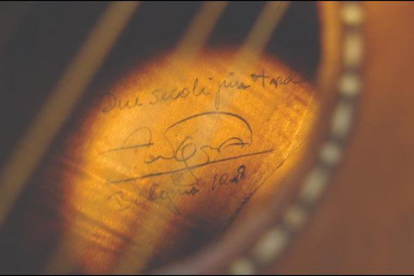斯特拉迪瓦里制作的吉他 'Sabionari' 'Sabionari'内标签
