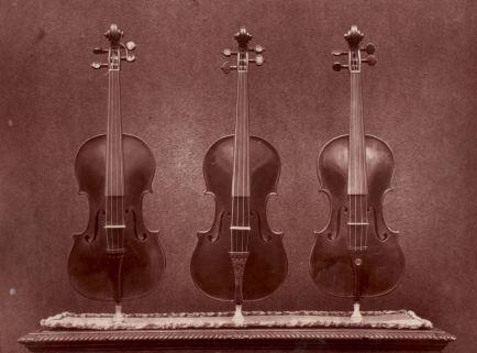 """三个世纪后斯特拉迪瓦里的传说中的""""弥赛亚"""":历史上最具争议的小提琴?"""